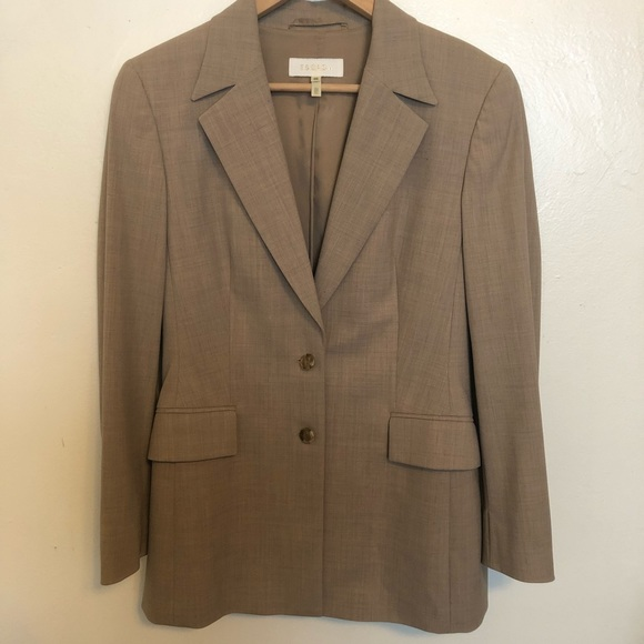 Escada Jackets & Blazers - Vintage Escada tan two button blazer size 38